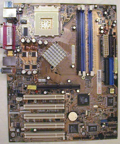 http://hardwarebg.com/reviews/asus/a7n8x-2.0/pix/board.jpg