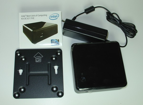 intel_nuc_d3217iye_pack