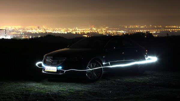 opel-insignia-night-glow