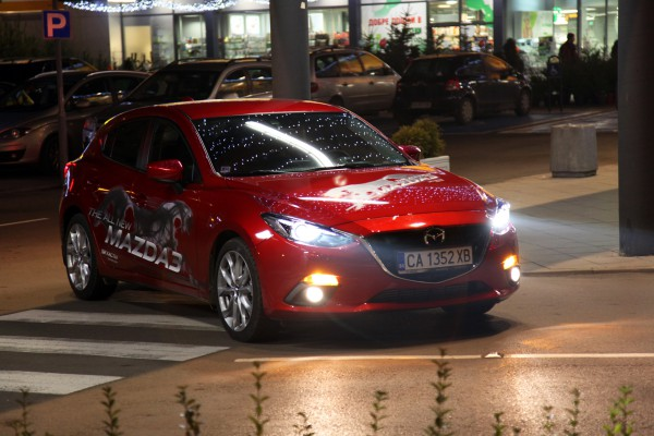 mazda-3-nightlight