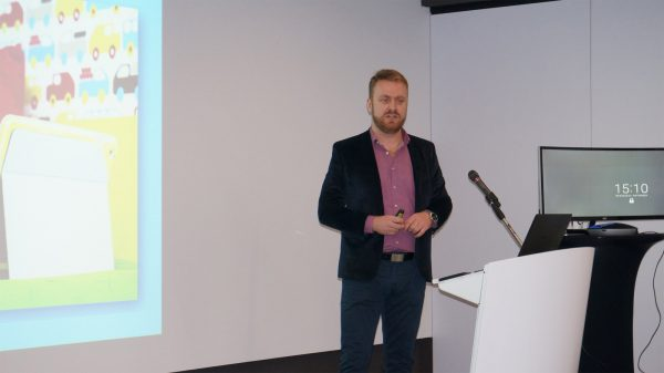 logitech-presentation